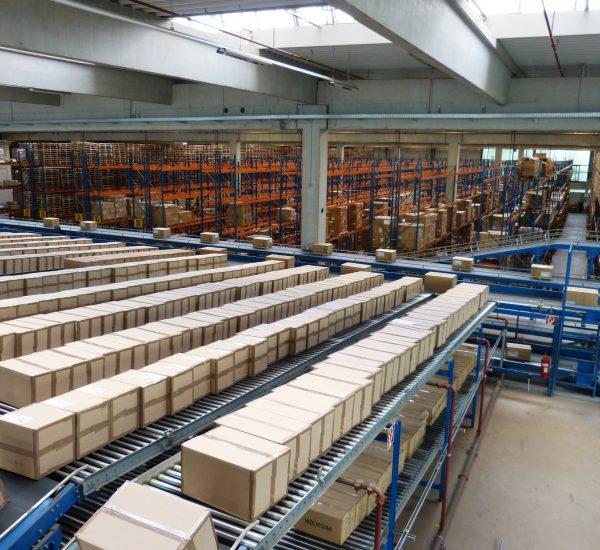 logistics-852935_1920